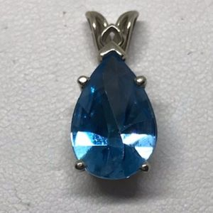 Jewelry - Gorgeous Unique Cut Blue Topaz Pendant 14K WG
